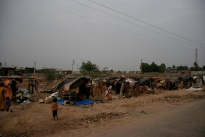 A slum in the outskirts of a Gujarat city