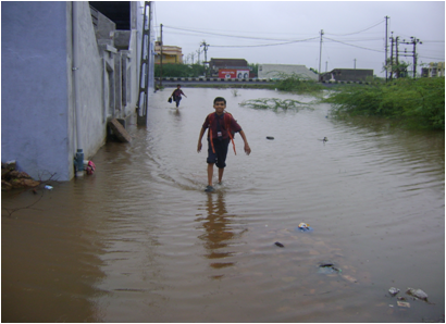 Inundated locality along the bypass road leading to Rajkot near Vadhvan