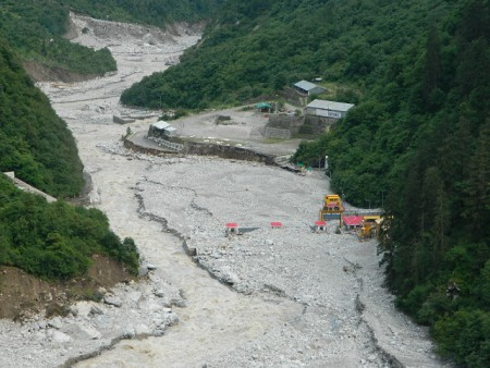 440 MW Vishnuprayag HEP post-2013 disaster in Uttarakhand. The project, its operation and location added significantly to disaster in the downstream. Photo: Matu Jan Sangathan