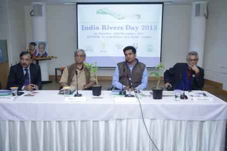 From left: Manu Bhatnagar (INTACH), Anupam Mishra (Gandhi Peace Foundation), Kapil Mishra (Delhi Water Minister) and Manoj Misra (Yamuna Jiye Abhiyaan)