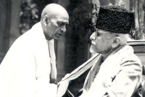 Azad and Patel trying to convince at the Viceregal Lodge, Simla, 1946
