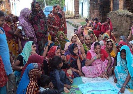 Paani panchayat meeting in Kalothara village