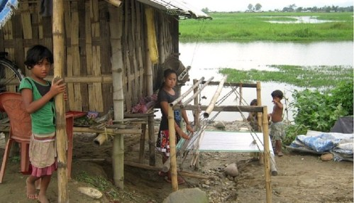 Children displaced in floods