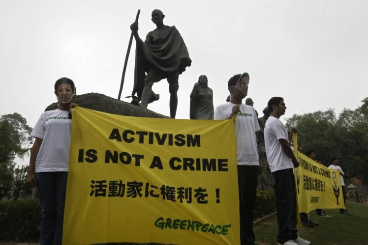 Greenpeace-activism-is-not-a-crime_0